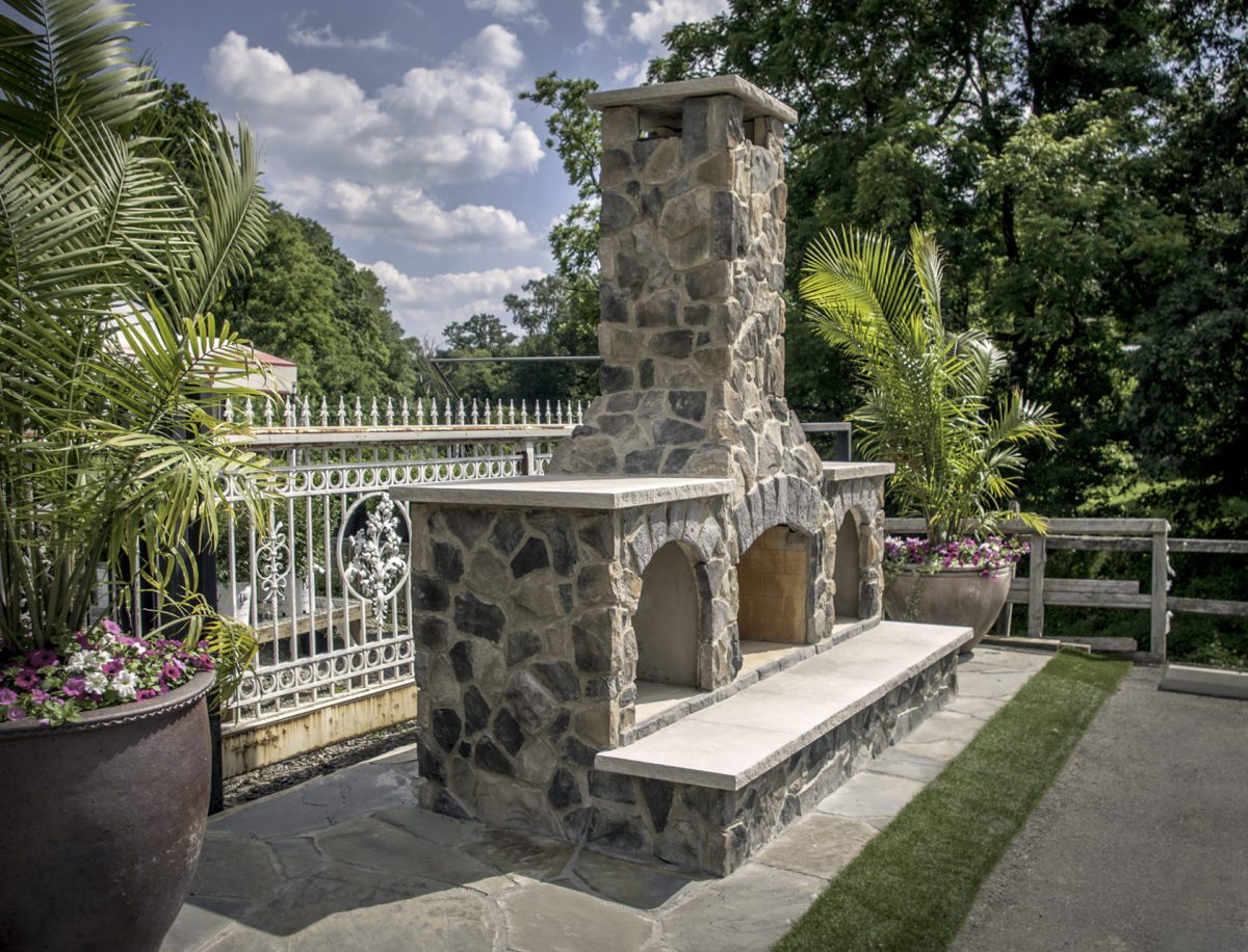 Beall's Landscaping fireplace display